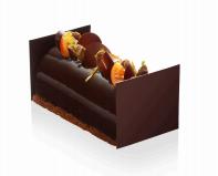 Gâteaux Thoumieux - Avec une base de streusel amande et un fin biscuit au cacao, cette bûche développe sa force grâce à une intense mousse au chocolat Valrhona pur Equateur 66%. Au cœur, le crémeux de gingembre et la marmelade d'orange permettent un équilibre parfait des saveurs. 40€/6perso