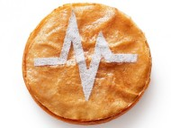 Michalak - Anticonformiste cette galette qui n'en est pas une. La crème à l'amande est parfumée au citron, et de la feuille de brick est utilisée en guise de pâte. Moins grasse et plus croustillante, elle promet de nous transporter dans une autre galaxie. 40€/8pers.