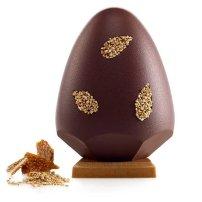 Henry Le Roux : l'œuf « Goma » se compose de 62% de chocolat, d'éclats de nougatine et de graines de sésame, le tout relevé par une pointe de sel de Guérande. 30€