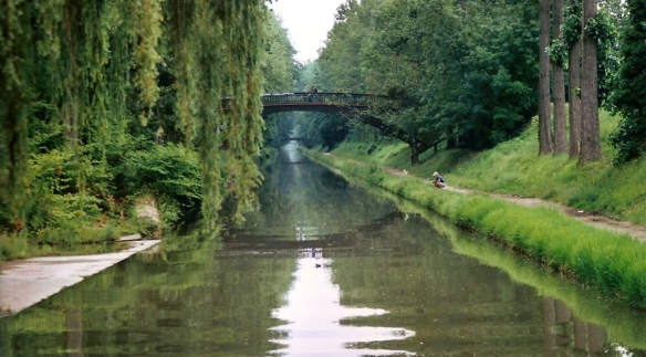 Canal_de_l'Ourcq_dans_la_Foret_de_Sevran