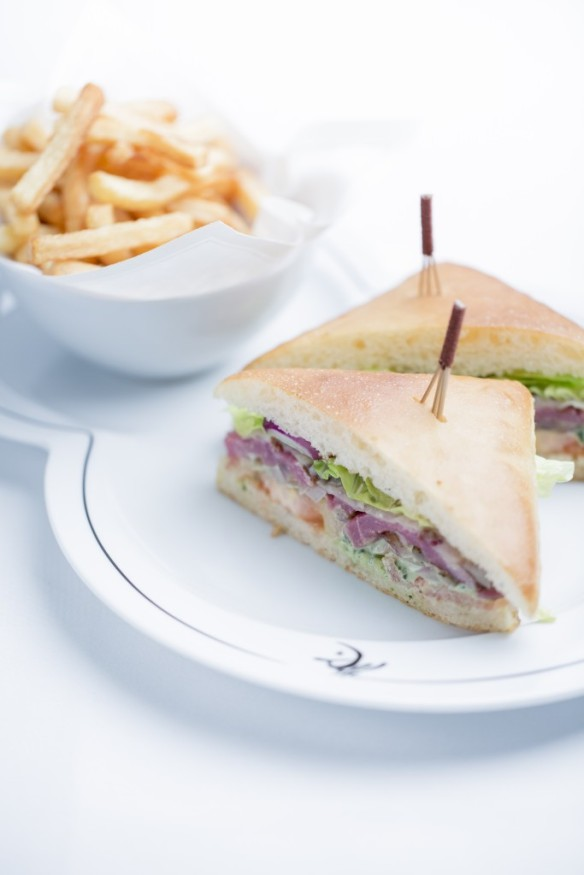 LE-MEURICE-Hamburger-Warhol-52-©-Pierre-Monetta-683x1024