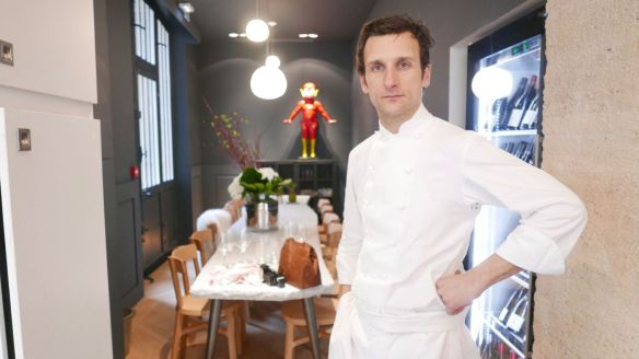 christophe-saintagne-chef-de-papillon-restaurant-a-paris_5541119